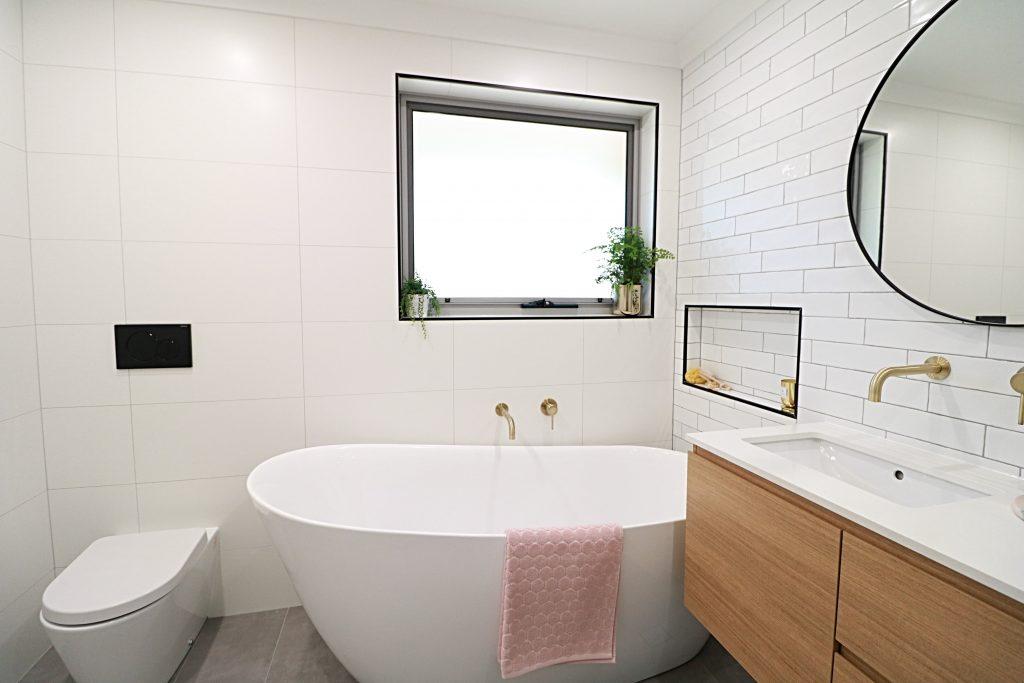 Aranda - Main bathroom and ensuite renovation
