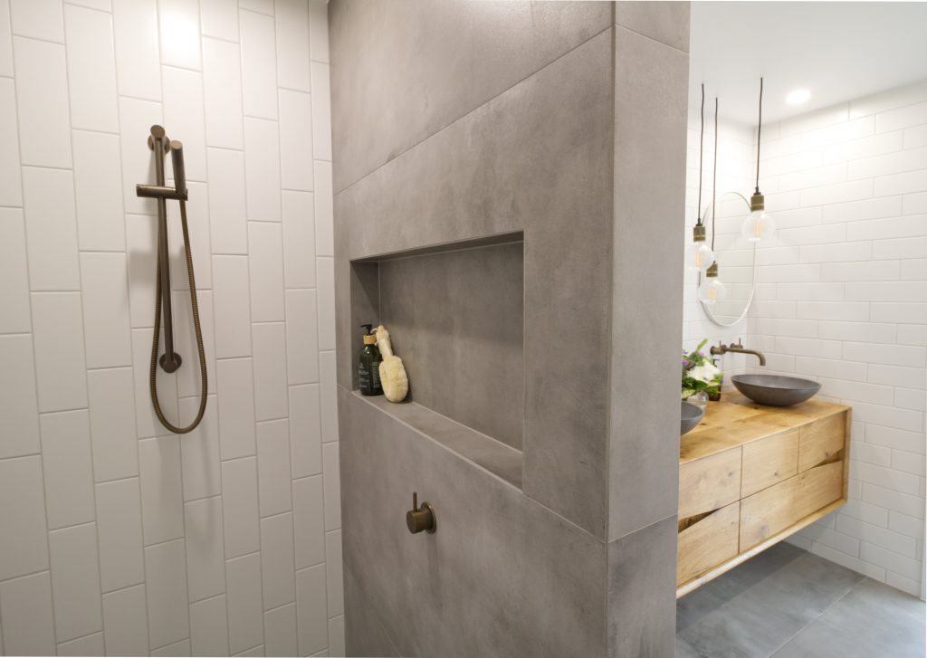 Nicholls - Main Bathroom, Powder Room & Ensuite.