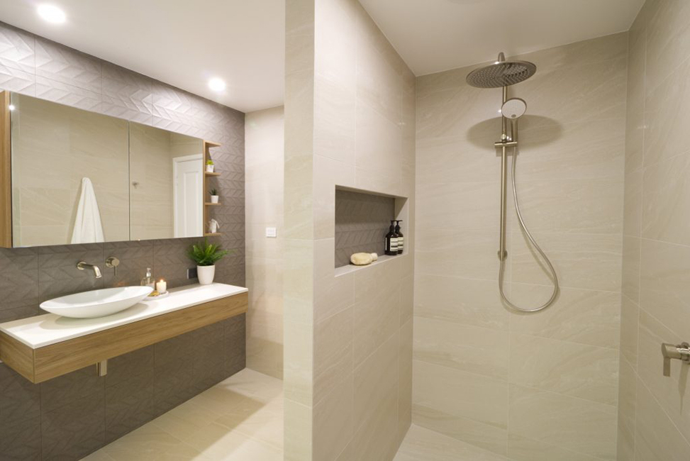 Jerrabomberra - Main bathroom renovation.